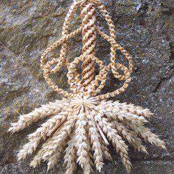 Three Loop Crown