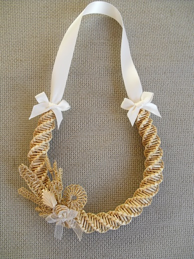 Wedding Horseshoe With Straw Flowers Something Corny