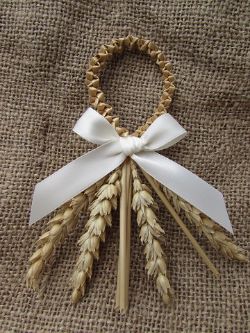 Country Knot Favour